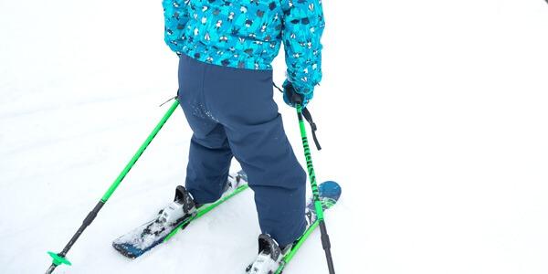 Dobór długości kijków narciarskich